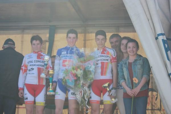 courses_cyclistes_20150412_cadets_protocole_1166_600