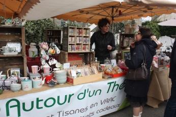 marche_aux_plantes_2017_35_autour_dun_the_0590